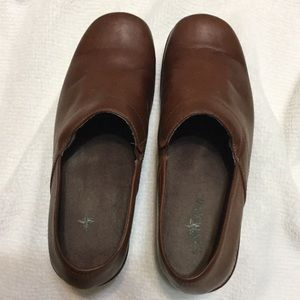Eastland Leather Happy Feet Mules Comfort Clogs 9M